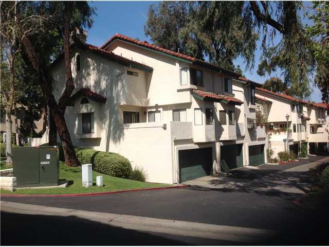 Main Photo: CHULA VISTA Townhome for sale : 3 bedrooms : 1409 Summit Drive