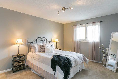 Photo 2: Photos: 15 Stargell Drive in Whitby: Pringle Creek House (2-Storey) for sale : MLS®# E2916203