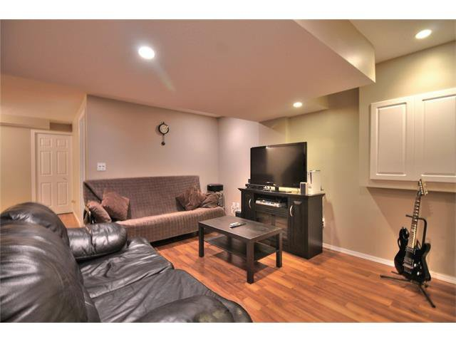 Photo 31: Photos: 633 EVERMEADOW Road SW in Calgary: Evergreen House for sale : MLS®# C4044099