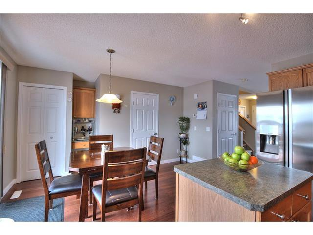 Photo 19: Photos: 633 EVERMEADOW Road SW in Calgary: Evergreen House for sale : MLS®# C4044099