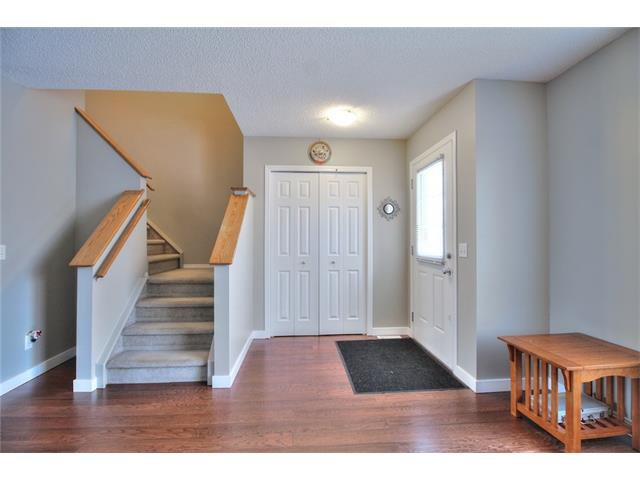 Photo 11: Photos: 633 EVERMEADOW Road SW in Calgary: Evergreen House for sale : MLS®# C4044099