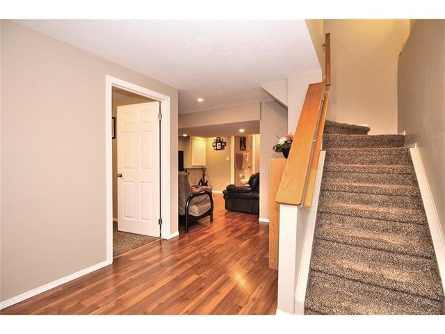 Photo 29: Photos: 633 EVERMEADOW Road SW in Calgary: Evergreen House for sale : MLS®# C4044099