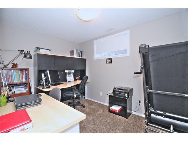 Photo 34: Photos: 633 EVERMEADOW Road SW in Calgary: Evergreen House for sale : MLS®# C4044099