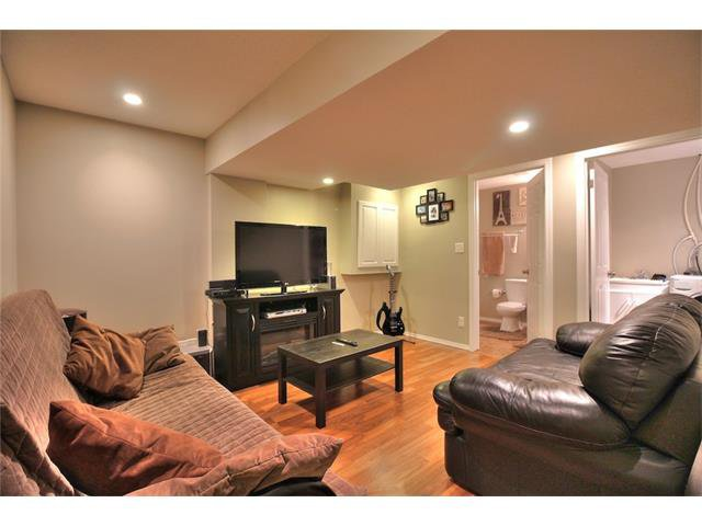 Photo 30: Photos: 633 EVERMEADOW Road SW in Calgary: Evergreen House for sale : MLS®# C4044099
