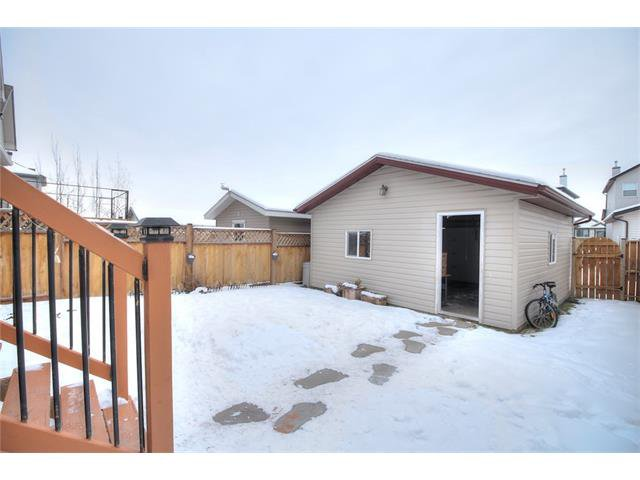 Photo 4: Photos: 633 EVERMEADOW Road SW in Calgary: Evergreen House for sale : MLS®# C4044099