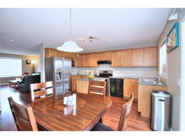Photo 16: Photos: 633 EVERMEADOW Road SW in Calgary: Evergreen House for sale : MLS®# C4044099
