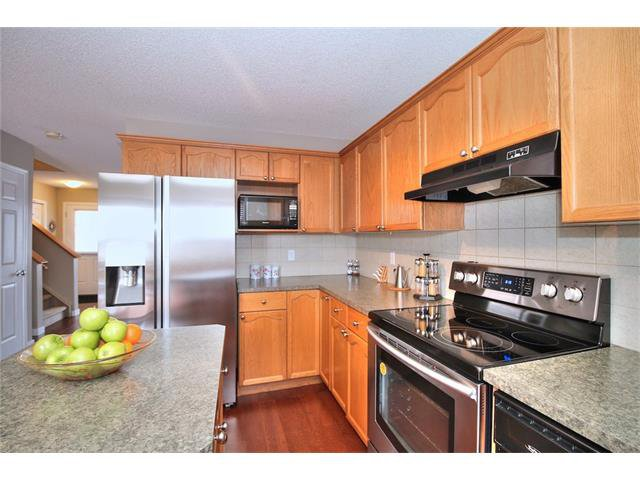Photo 18: Photos: 633 EVERMEADOW Road SW in Calgary: Evergreen House for sale : MLS®# C4044099