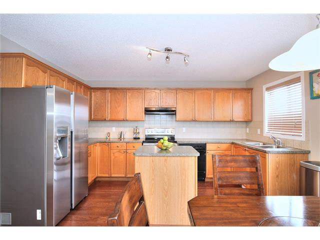 Photo 17: Photos: 633 EVERMEADOW Road SW in Calgary: Evergreen House for sale : MLS®# C4044099