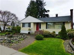 Main Photo: 6070 CLINTON STREET - LISTED BY SUTTON CENTRE REALTY in Burnaby: South Slope House for sale (Burnaby South)  : MLS®# R2029724