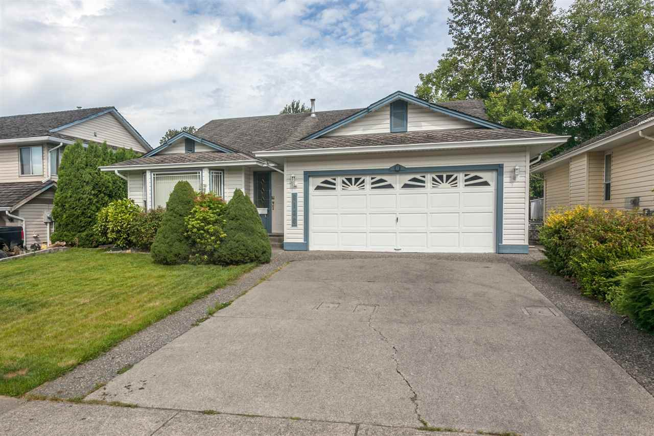 Main Photo: 8136 FORBES Street in Mission: Mission BC House for sale : MLS®# R2096538