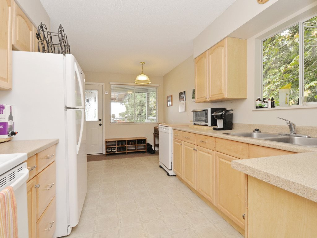 Photo 5: Photos: 537 W 15TH Street in North Vancouver: Central Lonsdale House for sale : MLS®# R2120937