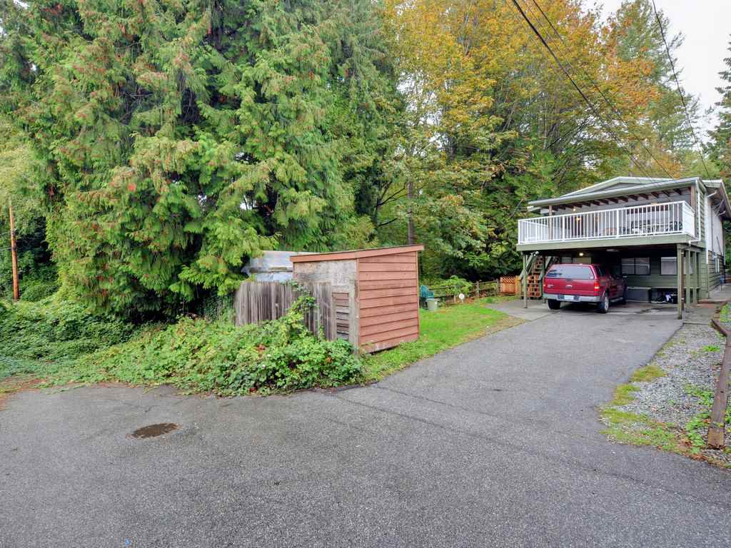 Photo 3: Photos: 537 W 15TH Street in North Vancouver: Central Lonsdale House for sale : MLS®# R2120937