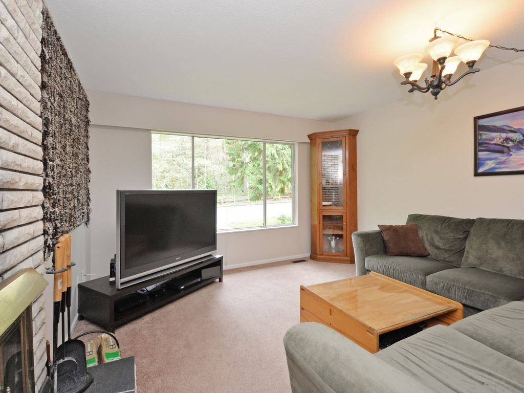 Photo 10: Photos: 537 W 15TH Street in North Vancouver: Central Lonsdale House for sale : MLS®# R2120937