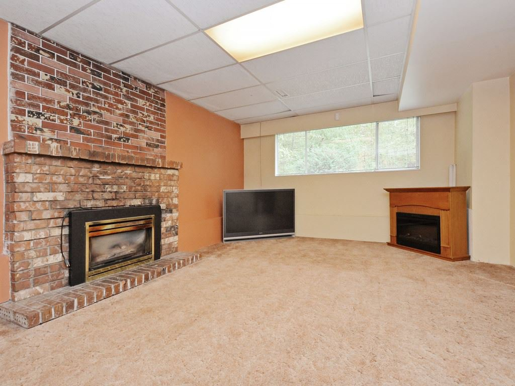 Photo 13: Photos: 537 W 15TH Street in North Vancouver: Central Lonsdale House for sale : MLS®# R2120937