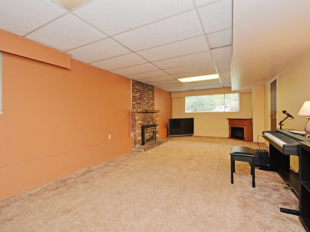 Photo 15: Photos: 537 W 15TH Street in North Vancouver: Central Lonsdale House for sale : MLS®# R2120937