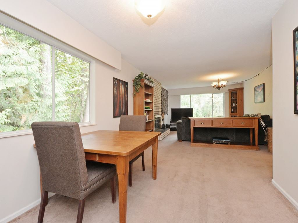Photo 11: Photos: 537 W 15TH Street in North Vancouver: Central Lonsdale House for sale : MLS®# R2120937
