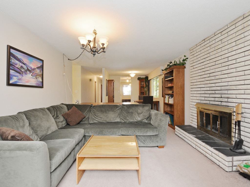 Photo 9: Photos: 537 W 15TH Street in North Vancouver: Central Lonsdale House for sale : MLS®# R2120937