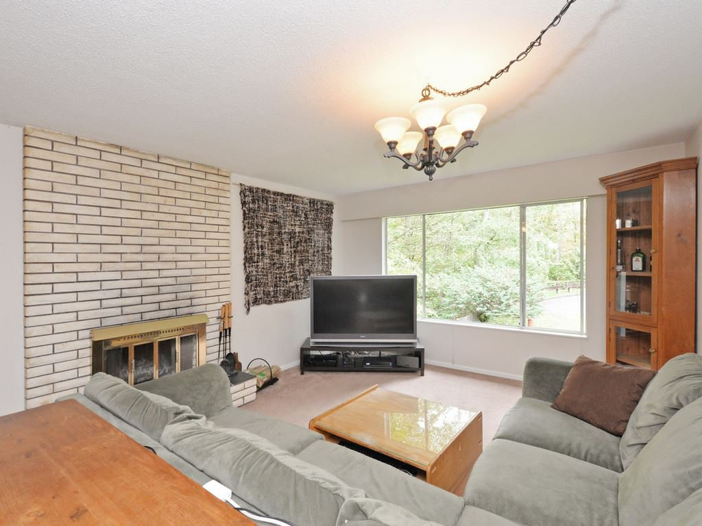 Photo 8: Photos: 537 W 15TH Street in North Vancouver: Central Lonsdale House for sale : MLS®# R2120937