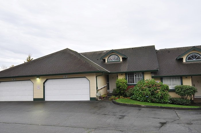 "Main Photo: 7 22538 116 Avenue in Maple Ridge: East Central Townhouse for sale in ""FRASERVIEW VILLAGE"" : MLS®# R2121515"