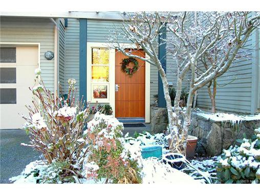 Main Photo: 2 133 Corbett Rd in SALT SPRING ISLAND: GI Salt Spring Row/Townhouse for sale (Gulf Islands)  : MLS®# 747399