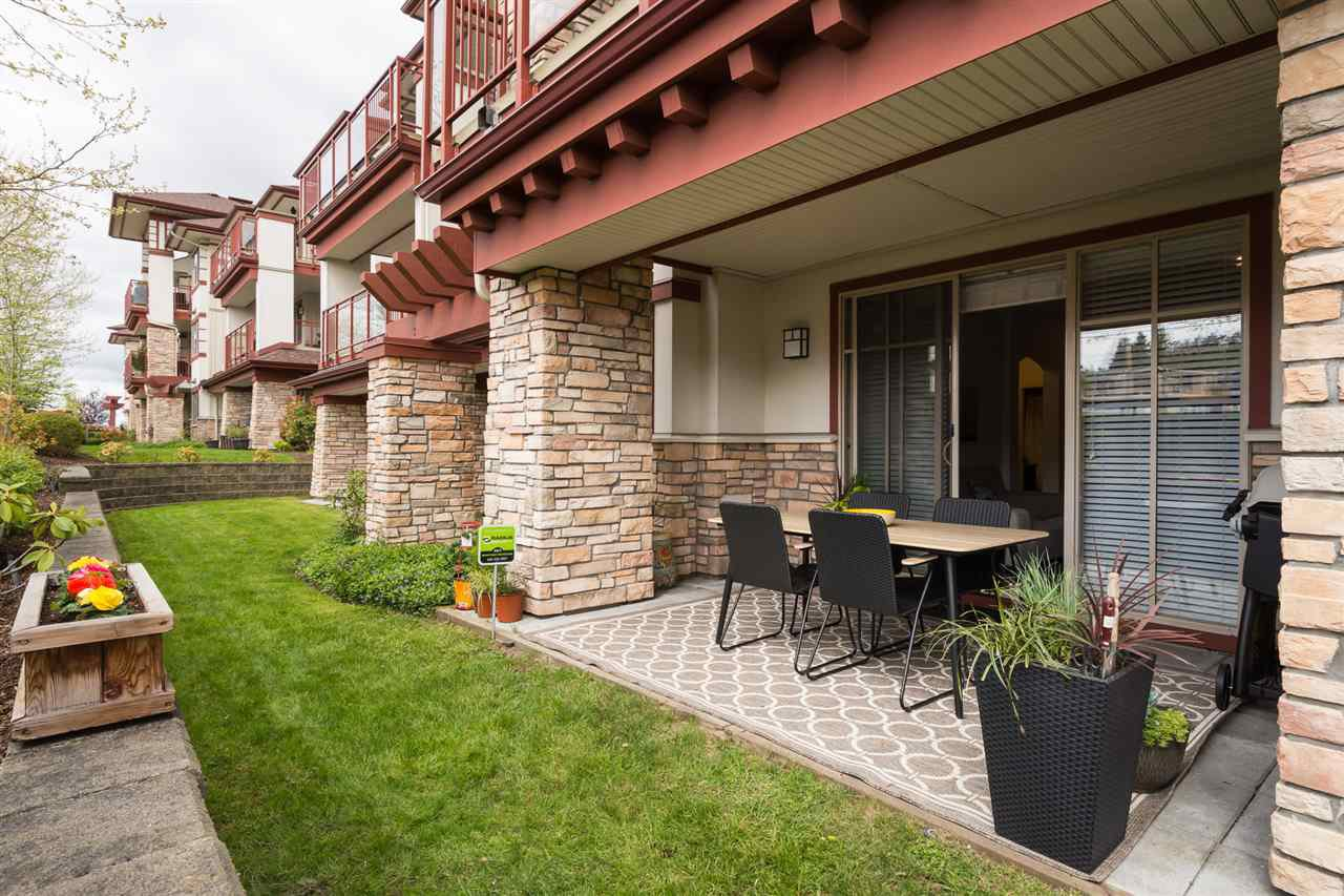 """Photo 15: Photos: 105 16447 64 Avenue in Surrey: Cloverdale BC Condo for sale in """"St. Andrew's"""" (Cloverdale)  : MLS®# R2159820"""