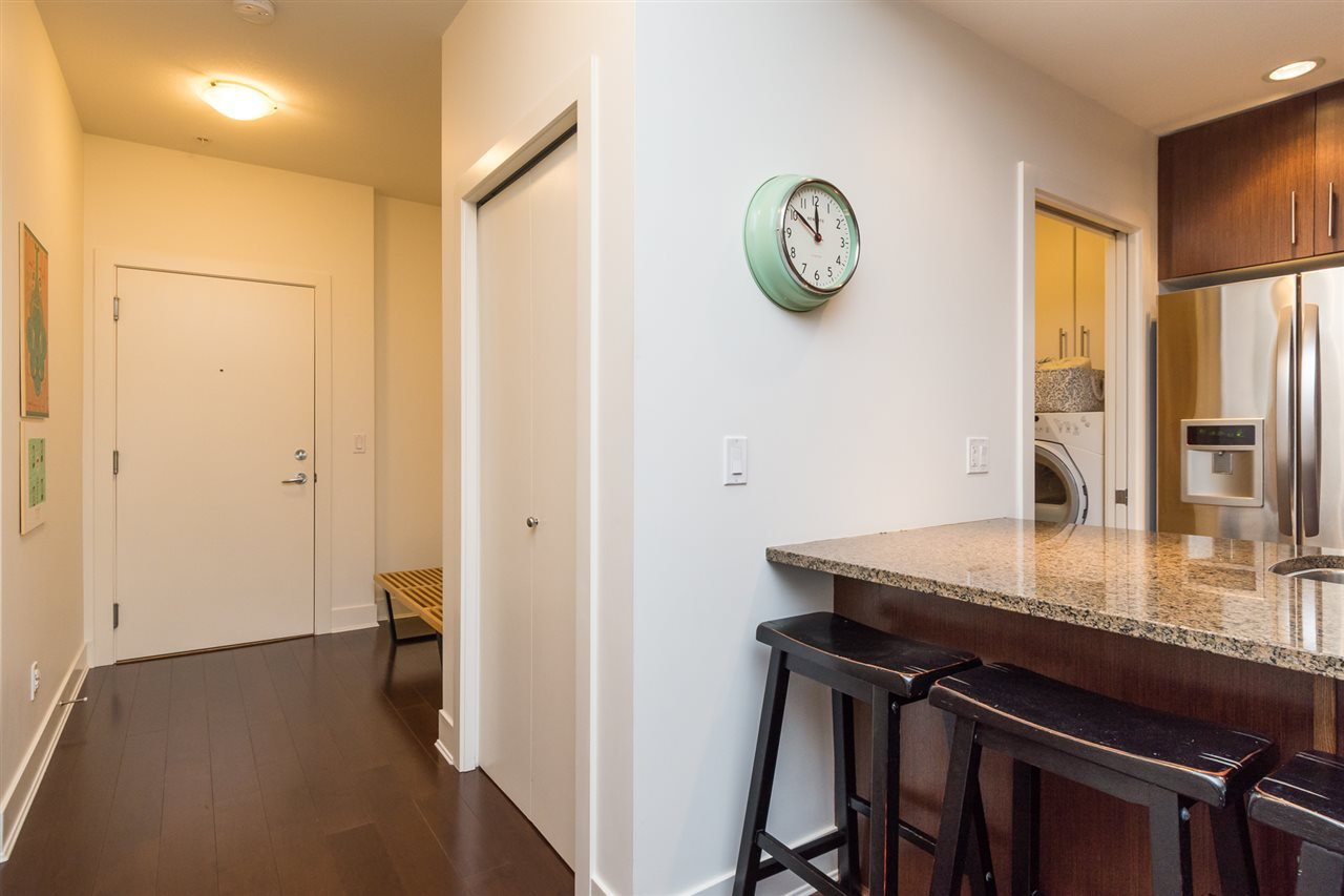 """Photo 2: Photos: 105 16447 64 Avenue in Surrey: Cloverdale BC Condo for sale in """"St. Andrew's"""" (Cloverdale)  : MLS®# R2159820"""