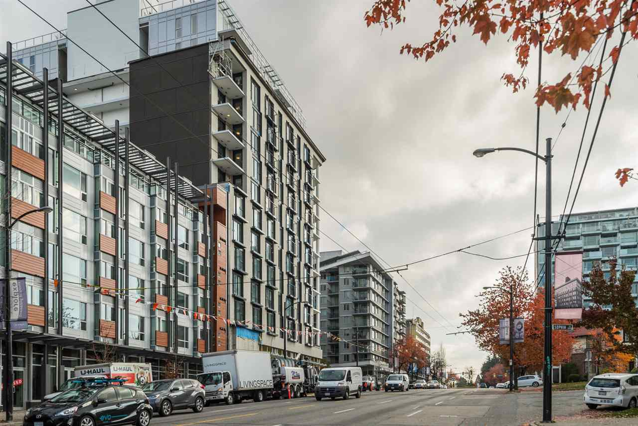 "Main Photo: #201 - 233 Kingsway, in Vancouver: Main Condo for sale in ""YVA"" (Vancouver East)  : MLS®# R2218456"