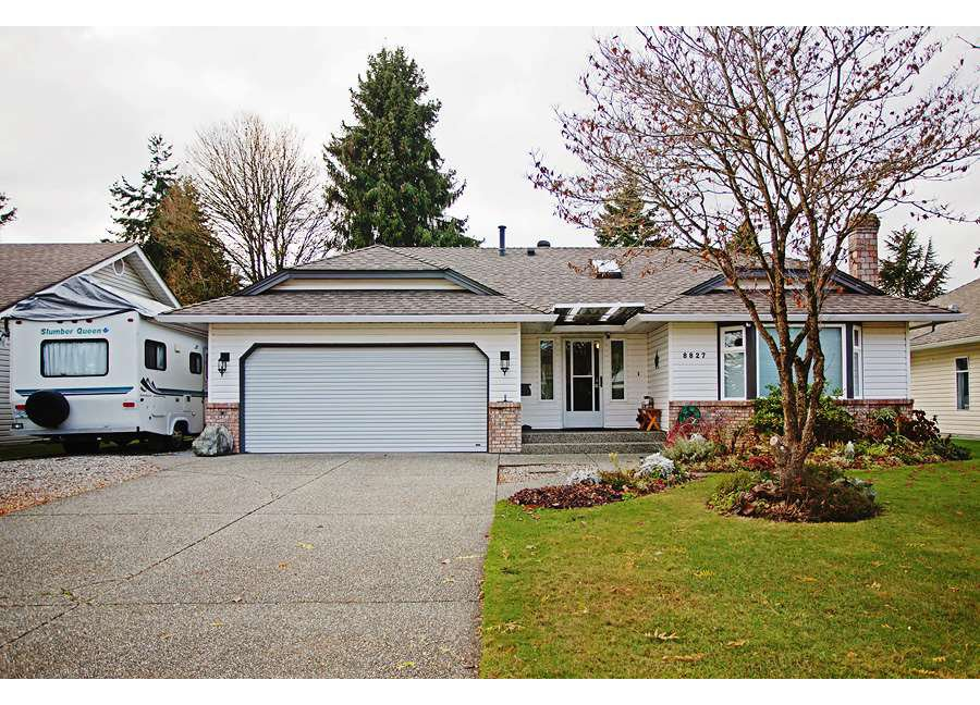 Main Photo: 8827 157TH STREET in Surrey: Fleetwood Tynehead House for sale : MLS®# R2221835