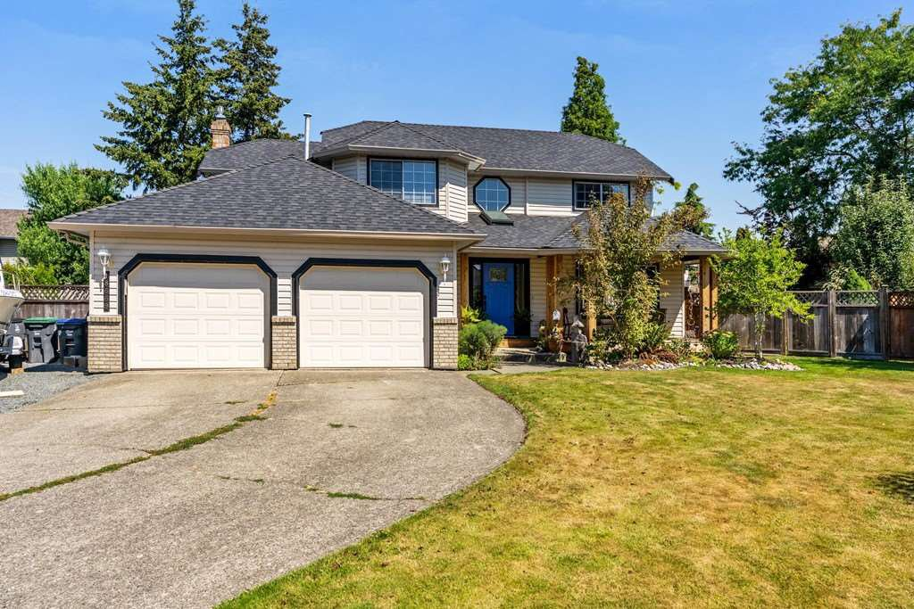 Main Photo: 18669 61A Avenue in Surrey: Cloverdale BC House for sale (Cloverdale)  : MLS®# R2294391