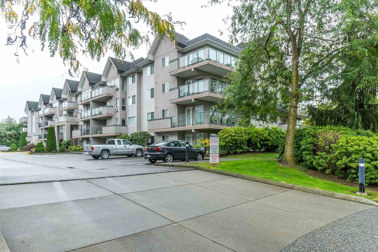 "Main Photo: 410 33728 KING Road in Abbotsford: Poplar Condo for sale in ""College Park Place"" : MLS®# R2313318"