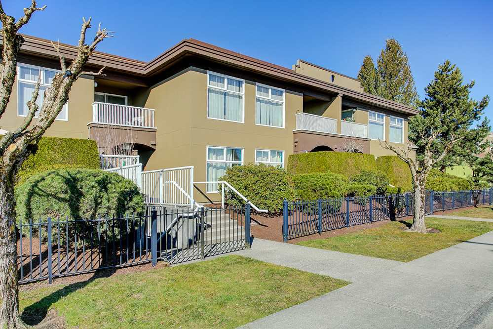 "Main Photo: 13 2120 CENTRAL Avenue in Port Coquitlam: Central Pt Coquitlam Condo for sale in ""Brisa on Central"" : MLS®# R2350384"