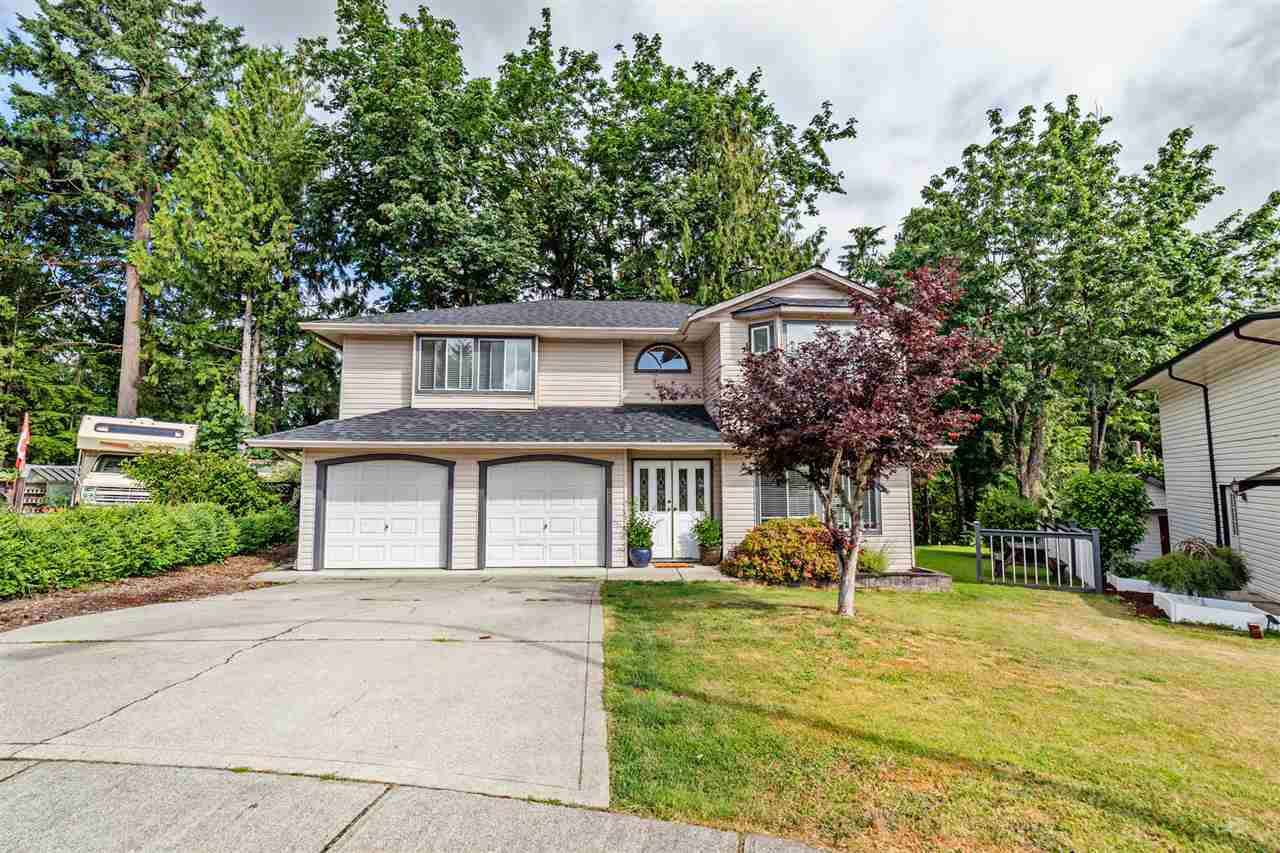 Main Photo: 32429 HASHIZUME Terrace in Mission: Mission BC House for sale : MLS®# R2383800