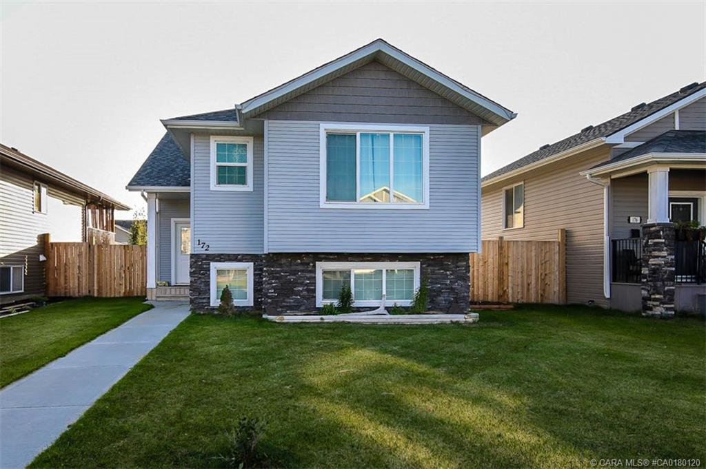Main Photo: 172 Cedar Square in Blackfalds: BS Cottonwood Estates Residential for sale : MLS®# CA0180120