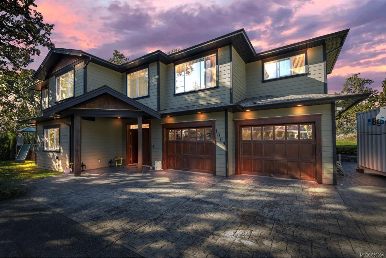 Main Photo: 1009 Southover Lane in : SE Broadmead House for sale (Saanich East)  : MLS®# 856884