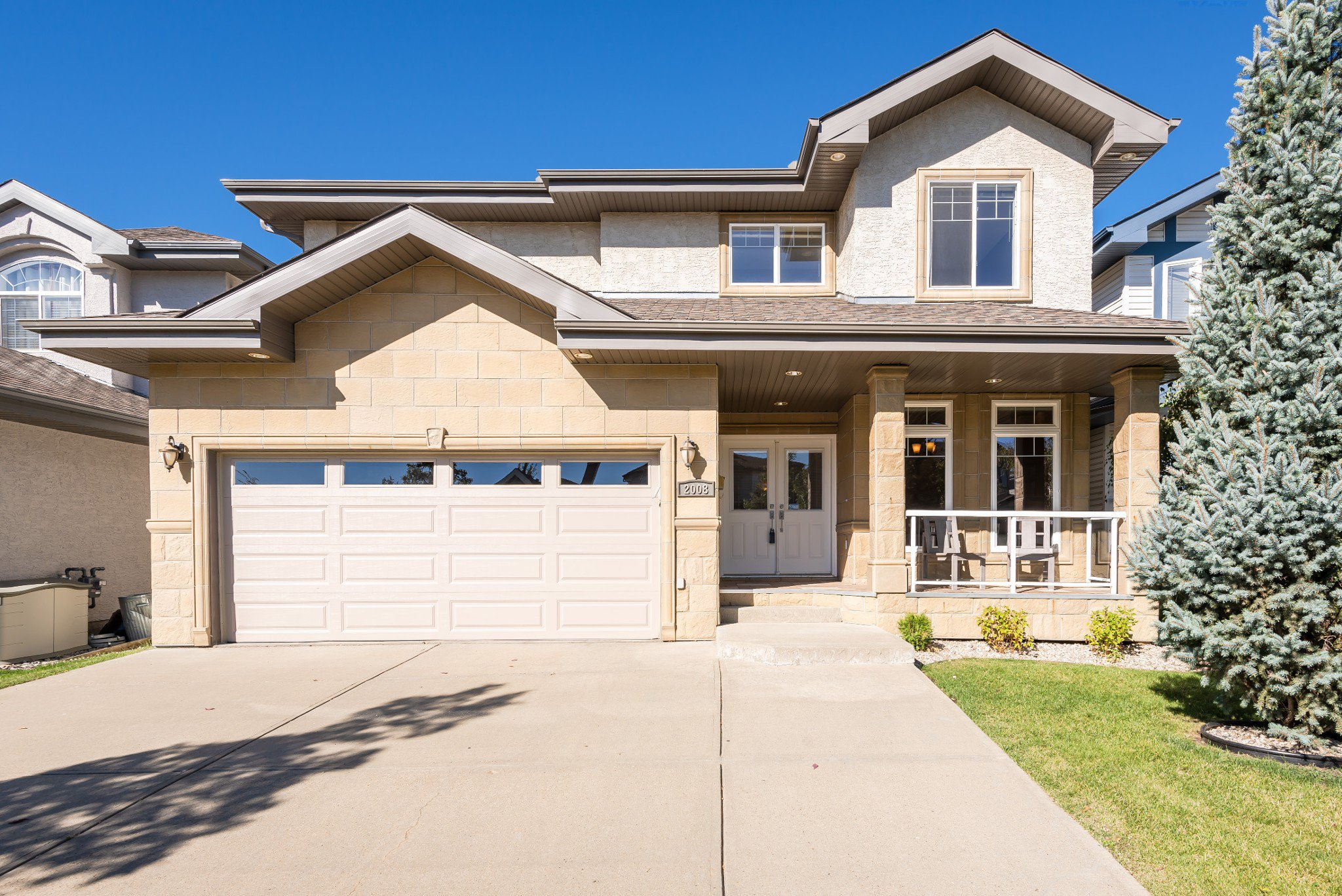 Main Photo: 2008 Hilliard Place in Edmonton: House for sale : MLS®# E4211906
