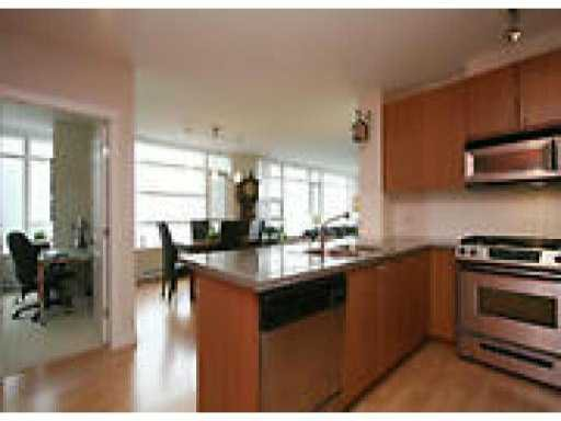 Main Photo: 508 9266 University Crescent in vancouver: Simon Fraser Univer. Condo for sale (Burnaby)  : MLS®# v989183