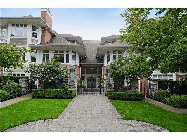 "Main Photo: 114 3188 W 41ST Avenue in Vancouver: Kerrisdale Condo for sale in ""THE LANESBOROUGH"" (Vancouver West)  : MLS®# V1063940"