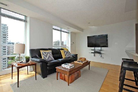 Photo 18: Photos: 09 900 Mount Pleasant Road in Toronto: Mount Pleasant West Condo for sale (Toronto C10)  : MLS®# C2950398
