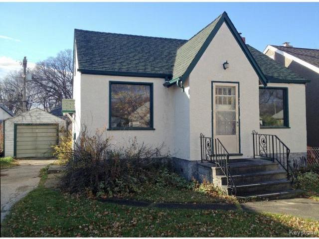 Main Photo: 336 Melbourne Avenue in WINNIPEG: East Kildonan Residential for sale (North East Winnipeg)  : MLS®# 1426628
