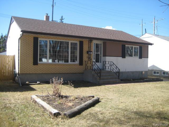 Main Photo: 584 Bronx Avenue in WINNIPEG: East Kildonan Residential for sale (North East Winnipeg)  : MLS®# 1508801