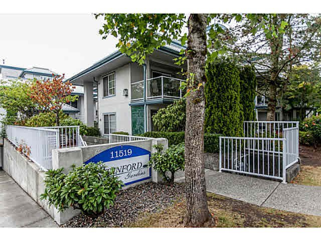 "Main Photo: 305 11519 BURNETT Street in Maple Ridge: East Central Condo for sale in ""STANFORD GARDENS"" : MLS®# V1141546"