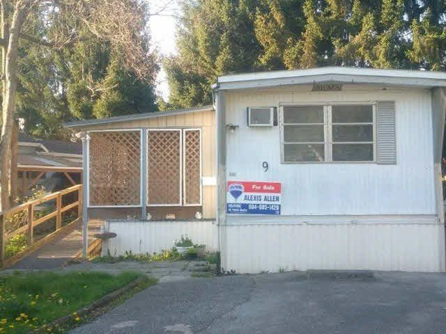 "Main Photo: 9 201 CAYER Street in Coquitlam: Maillardville Manufactured Home for sale in ""WILDWOOD PARK"" : MLS®# V1142074"
