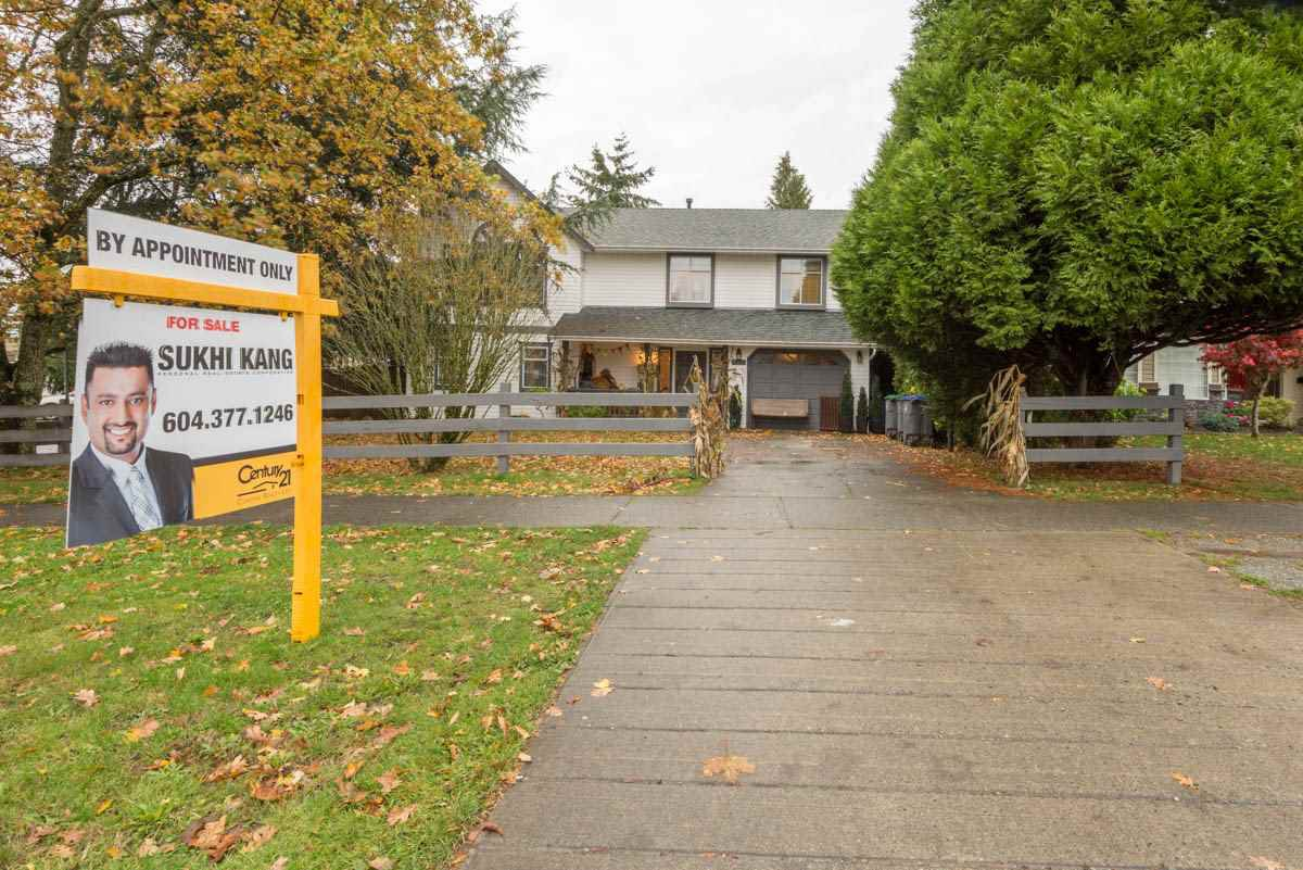 Main Photo: 7009 142 Street in Surrey: East Newton House for sale : MLS®# R2118613