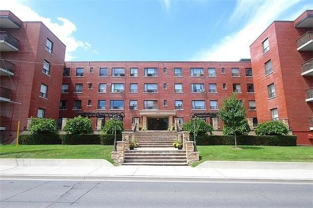 Main Photo: 214 2550 Bathurst Street in Toronto: Forest Hill North Condo for lease (Toronto C04)  : MLS®# C3861678