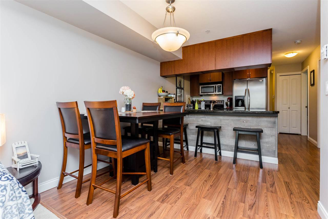 """Photo 8: Photos: 315 5516 198 Street in Langley: Langley City Condo for sale in """"Madison Villas"""" : MLS®# R2195202"""