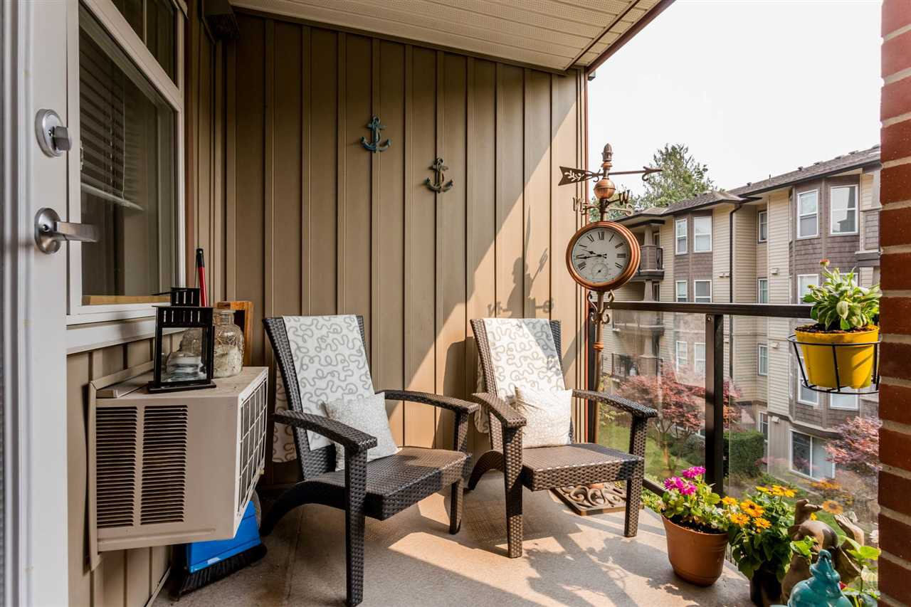 """Photo 18: Photos: 315 5516 198 Street in Langley: Langley City Condo for sale in """"Madison Villas"""" : MLS®# R2195202"""