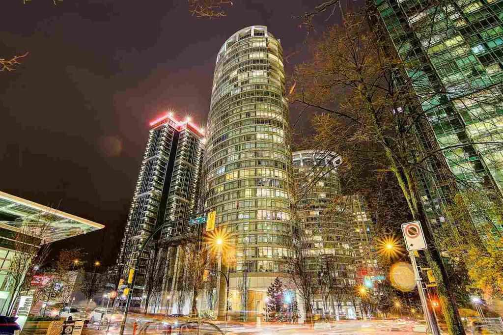 Main Photo: 902 1200 ALBERNI Street in Vancouver: West End VW Condo for sale (Vancouver West)  : MLS®# R2200659
