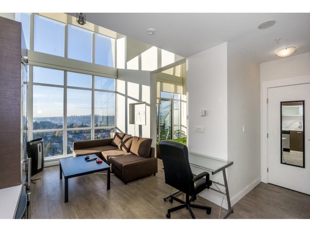 """Main Photo: 2506 10777 UNIVERSITY Drive in Surrey: Whalley Condo for sale in """"CITY POINT"""" (North Surrey)  : MLS®# R2218615"""