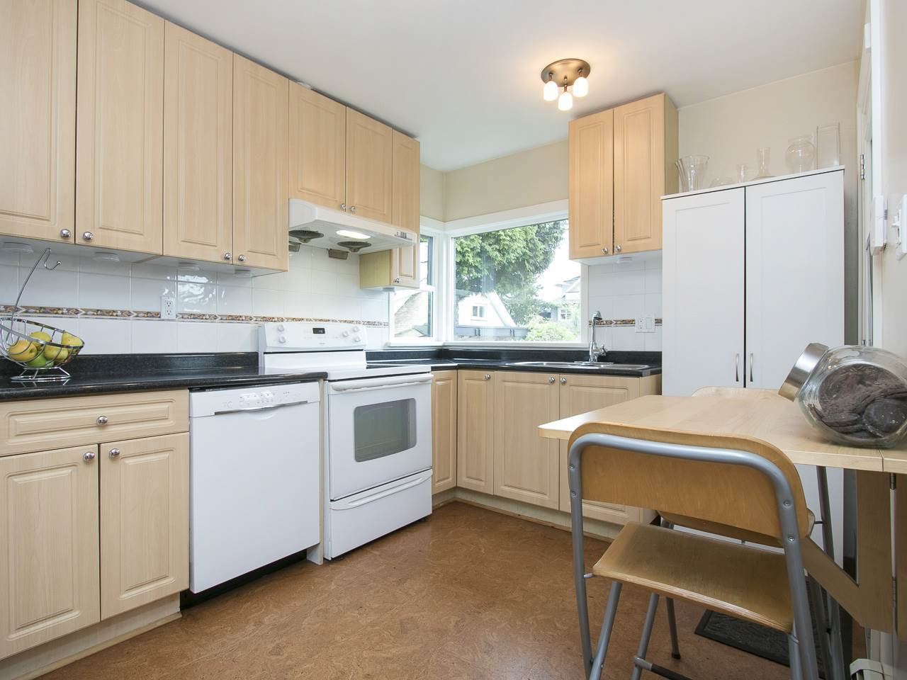 Photo 8: Photos: 731 W KING EDWARD AVENUE in Vancouver: Cambie House for sale (Vancouver West)  : MLS®# R2204992