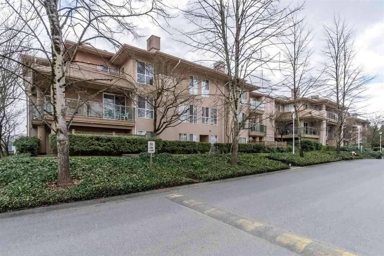Main Photo: 207 14998 101A AVENUE in Surrey: Guildford Condo for sale (North Surrey)  : MLS®# R2249424